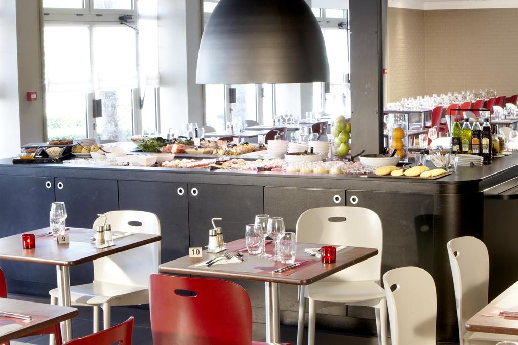 Campanile Tassin Hôtel Restaurant